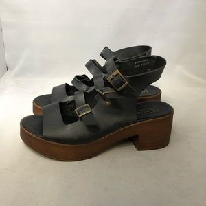 Topshop black wood leather strap block heel